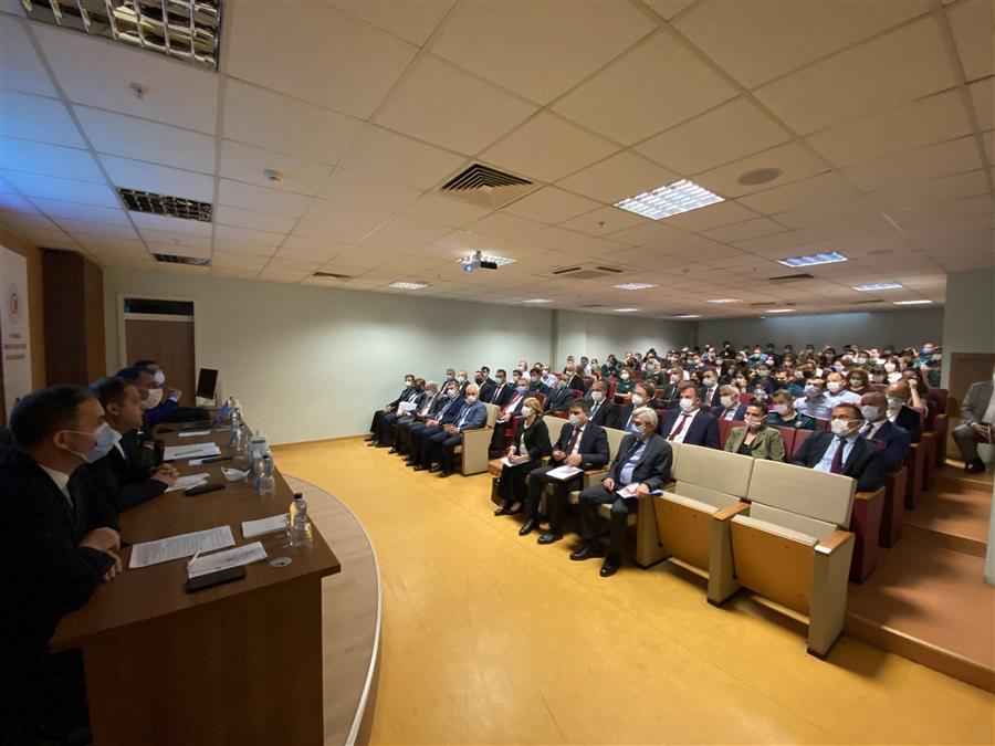 Bölge Müdürlüğümüzde Ticaret Bakanlığı Yer Değiştirme Yönetmeliği ile ilgili Bilgilendirme Toplantısı düzenlendi.