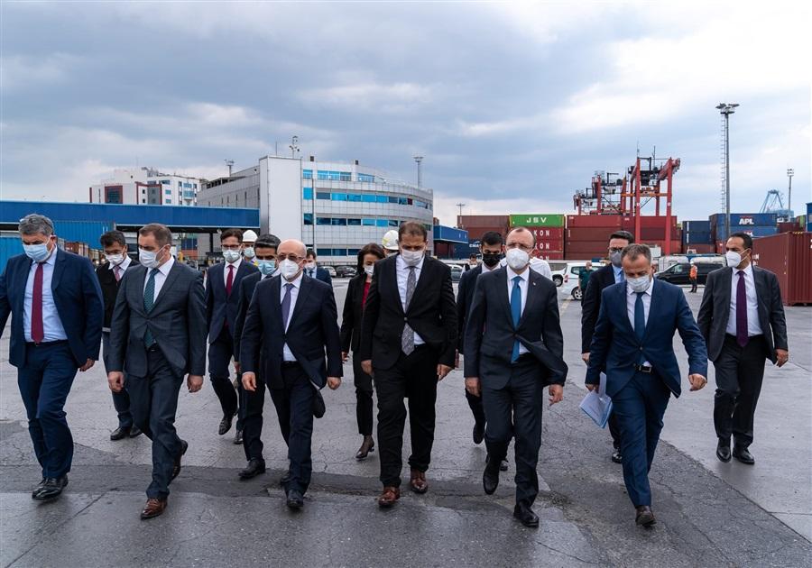Bakanımız Sayın Mehmet MUŞ Ambarlı Gümrük Müdürlüğümüz ve Liman Sahasında İncelemelerde Bulundu